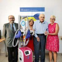 Donato a Budrio un nuovo strumento per prevenire la perdita dei capelli da chemioterapia