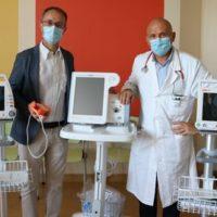 Angela Serra dona ventilatori, saturimetri e monitor per parametri vitali all'Oncologia Modenese