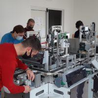 A Fano progettato dagli studenti macchinario per produrre mascherine chirurgiche