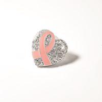 L'impegno per la prevenzione e la lotta contro il tumore al seno di AVON