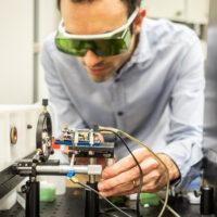Un mini laser scova i melanomi grazie all'analisi dei suoni