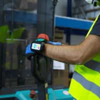 """""""Discovery Safety"""": il wearable per la sicurezza dei lavoratori isolati"""