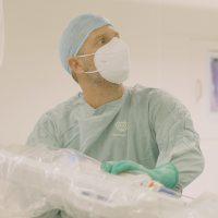 Prime procedure ginecologiche eseguite con il sistema di chirurgia robotica assistita Medtronic Hugo