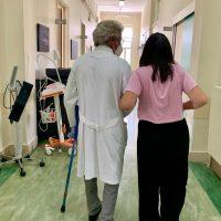 Raro intervento di protesi d'anca presso la clinica Ortopedica del Policlinico di Bari
